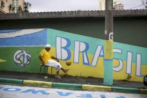 PREPARATIVOS PARA EL MUNDIAL DE FÚTBOL BRASIL 2014